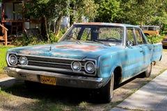 τα αυτοκίνητα παλαιά εμφ&alph Στοκ Φωτογραφίες