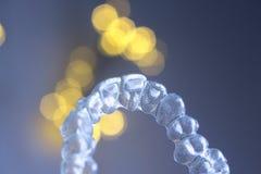 Τα αόρατα δόντια ενισχύουν τα υποστηρίγματα Στοκ Εικόνες