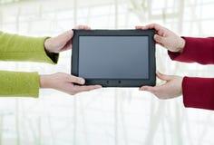 τα βέλη μπορούν να διαγράψουν απολαμβάνουν εάν το PC ανάγκης στρώματος χωριστό τα τοποθετεί σε μορφή ταμπλέτας εσείς Στοκ Εικόνα