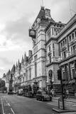 Τα βασιλικά Δικαστήρια στο Λονδίνο - το ΛΟΝΔΙΝΟ - τη ΜΕΓΑΛΗ ΒΡΕΤΑΝΊΑ - 19 Σεπτεμβρίου 2016 Στοκ εικόνες με δικαίωμα ελεύθερης χρήσης