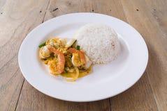 Τα βαλμένα φωτιά ταϊλανδικά τρόφιμα γαρίδων κάρρυ Στοκ εικόνα με δικαίωμα ελεύθερης χρήσης