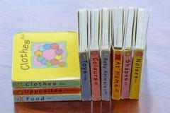 Τα βιβλία για τα παιδιά τα βιβλία για τα παιδιά Στοκ Φωτογραφία