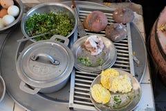 Τα βιετναμέζικα τρόφιμα οδών, banh μπορούν Στοκ φωτογραφία με δικαίωμα ελεύθερης χρήσης