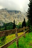 Τα βουνά δολομίτη στοκ εικόνα με δικαίωμα ελεύθερης χρήσης