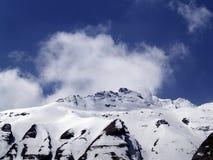 Τα βουνά που βλέπουν τη βάση Annapurna στρατοπεδεύουν Στοκ εικόνα με δικαίωμα ελεύθερης χρήσης