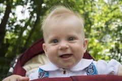 Τα γέλια μωρών στοκ εικόνα με δικαίωμα ελεύθερης χρήσης