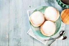 Τα γερμανικά donuts - ή berliner - γέμισαν με τη μαρμελάδα για καρναβάλι στοκ φωτογραφία με δικαίωμα ελεύθερης χρήσης