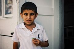 Τα εβραϊκά παιδιά στο σχολείο ζουν εν την ειρήνη σε μια συνήθως μουσουλμανική χώρα στοκ εικόνες