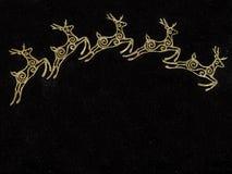 Τα ελάφια Χριστουγέννων ακτινοβολούν υπόβαθρο πρότυπο Έννοια Χριστουγέννων διάστημα αντιγράφων Επίπεδος βάλτε Στοκ φωτογραφία με δικαίωμα ελεύθερης χρήσης