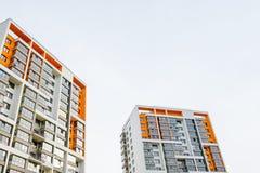 τα επίπεδα κτημάτων στεγάζουν την πραγματική πώληση μισθώματος Στοκ Φωτογραφίες