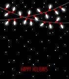 Τα ευτυχή εορτασμού γενέθλια ετών Χριστουγέννων νέα και άλλα γεγονότα οδήγησαν τους λαμπτήρες βολβών φω'των στα άσπρα και κόκκινα ελεύθερη απεικόνιση δικαιώματος