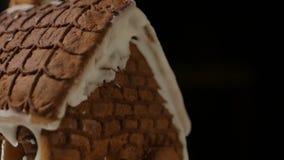 Τα ζωηρόχρωμα φω'τα σπιτιών ψωμιού πιπεροριζών κλείνουν απόθεμα βίντεο