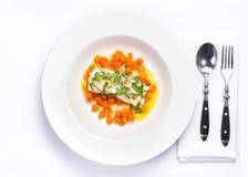Τα θαλασσινά με την κολοκύθα διακοσμούν Άσπρα ψάρια διατροφής με την κολοκύθα και Στοκ Φωτογραφίες
