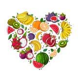 Τα θερινά φρούτα σχεδιάζονται με μορφή μιας καρδιάς Στοκ Φωτογραφίες