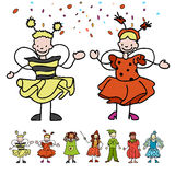 Τα διάφορα σκιαγραφημένα επίπεδα παιδιά γιορτάζουν καρναβάλι απεικόνιση αποθεμάτων