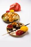 Τα ινδικά γλυκά τρόφιμα κάλεσαν modak προετοιμασμένος συγκεκριμένα στο φεστιβάλ ή ganesh το chaturthi ganesh Στοκ Φωτογραφίες