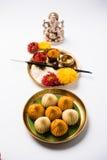 Τα ινδικά γλυκά τρόφιμα κάλεσαν modak προετοιμασμένος συγκεκριμένα στο φεστιβάλ ή ganesh το chaturthi ganesh Στοκ φωτογραφία με δικαίωμα ελεύθερης χρήσης