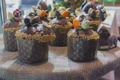 Τα κέικ Πάσχας σοκολάτας είναι Στοκ Φωτογραφίες