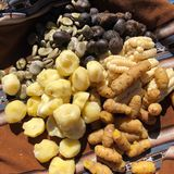 Τα καθημερινά τρόφιμα αποτελούνται από τις πατάτες, τα δημητριακά, και τα φασόλια στο Περού και τη Βολιβία Στοκ εικόνες με δικαίωμα ελεύθερης χρήσης