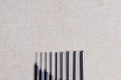 Τα καθορισμένα εργαλεία διατρήσεων καρφιτσών ρόλων για αφαιρούν την καρφίτσα ή το σύρτη οποιουδήποτε μηχανικού Στοκ Εικόνες