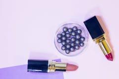 Τα καλλυντικά προϊόντα στην κρητιδογραφία χρωματίζουν το υπόβαθρο Στοκ φωτογραφίες με δικαίωμα ελεύθερης χρήσης
