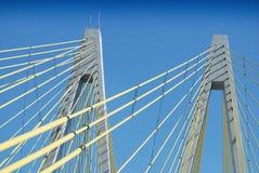 τα καλώδια γεφυρών υποστηρίζουν την αναστολή Στοκ Φωτογραφίες