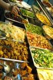 τα κινεζικά τρόφιμα εξυπηρετούν Στοκ φωτογραφίες με δικαίωμα ελεύθερης χρήσης