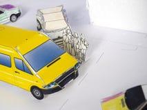 τα κινούμενα σχέδια αυτοκινήτων εύκολα αντικαθιστούν τις αυτοκόλλητες ετικέττες στις ρόδες Στοκ εικόνες με δικαίωμα ελεύθερης χρήσης