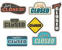 τα κλειστά έξω σημάδια κατ&al Στοκ εικόνες με δικαίωμα ελεύθερης χρήσης