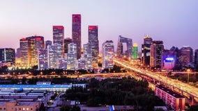 Τα κτήρια διαποδιαμορφωτών Jianwai CBD τη νύχτα φιλμ μικρού μήκους