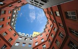 τα κτήρια χρωματίζουν σύγχ&r Στοκ Εικόνα
