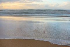 Τα κύματα θάλασσας τοπίων Στοκ Εικόνες