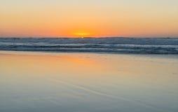 Τα κύματα θάλασσας τοπίων Στοκ εικόνα με δικαίωμα ελεύθερης χρήσης