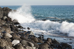 Τα κύματα του Ειρηνικού Ωκεανού, το τοπίο παραλιών Στοκ φωτογραφία με δικαίωμα ελεύθερης χρήσης