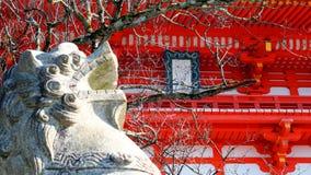 Τα λιοντάρια πετρών στο μέτωπο ο ναός στοκ εικόνες με δικαίωμα ελεύθερης χρήσης