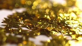Τα μαγικά χρυσά αστέρια και ακτινοβολούν φιλμ μικρού μήκους