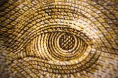 Τα μακρο πυροβοληθε'ντα κινηματογράφηση σε πρώτο πλάνο μάτια τραπεζογραμματίων χρημάτων των διάσημων μετρητών αξίας ανθρώπων της  Στοκ εικόνα με δικαίωμα ελεύθερης χρήσης