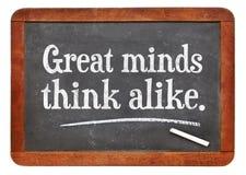 Τα μεγάλα μυαλά σκέφτονται την όμοια παροιμία Στοκ φωτογραφία με δικαίωμα ελεύθερης χρήσης