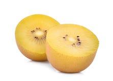 Τα μισά από τα κίτρινα ή χρυσά φρούτα ακτινίδιων στο λευκό Στοκ εικόνες με δικαίωμα ελεύθερης χρήσης