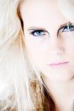 τα μπλε μάτια αφήνουν να κάν&om στοκ φωτογραφίες