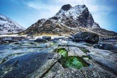 τα νησιά Όμορφο τοπίο άνοιξη της Νορβηγίας Στοκ Φωτογραφίες