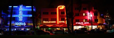 Τα ξενοδοχεία του Art Deco του ωκεάνιου Drive Στοκ Φωτογραφίες