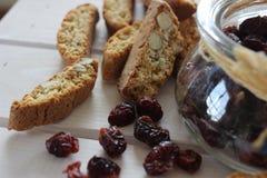 Τα ξηρά τα βακκίνια, μπισκότα, ιταλικά τρόφιμα, ιταλικά τσιμπάνε, ιταλικά μπισκότα Στοκ φωτογραφίες με δικαίωμα ελεύθερης χρήσης