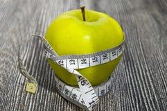 Τα οφέλη τα μήλα, μήλα βοηθούν να χάσουν το βάρος, Στοκ Εικόνες