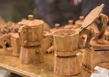 Τα δοχεία καφέ της σκοτεινής σοκολάτας Στοκ φωτογραφία με δικαίωμα ελεύθερης χρήσης