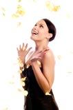 τα πέταλα αυξήθηκαν γυναί&kap Στοκ φωτογραφία με δικαίωμα ελεύθερης χρήσης