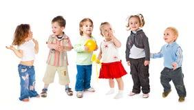 τα παιδιά ομαδοποιούν λί&gamma Στοκ φωτογραφία με δικαίωμα ελεύθερης χρήσης