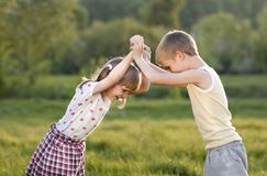 τα παιδιά παλεύουν Στοκ φωτογραφία με δικαίωμα ελεύθερης χρήσης
