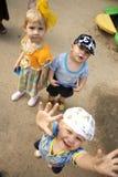 τα παιδιά προφυλάσσουν Στοκ Φωτογραφίες