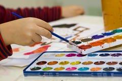 τα παιδιά χρωματίζουν στοκ φωτογραφίες